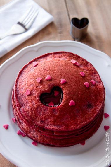 Red velvet pancake (senza coloranti)