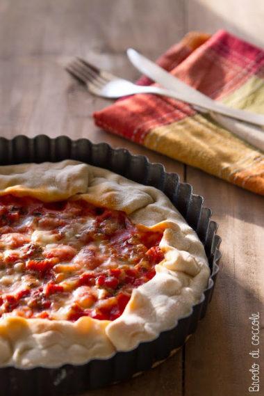 Torta salata gusto pizza