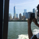 New York vista dal battello per liberty Island