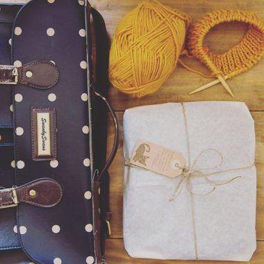 Lavoro a maglia - Cappello senape