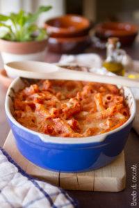 Pasta al forno con pomodoro e ricotta