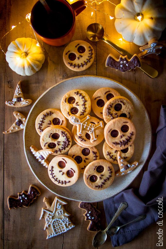 Biscotti scheletrini per Halloween