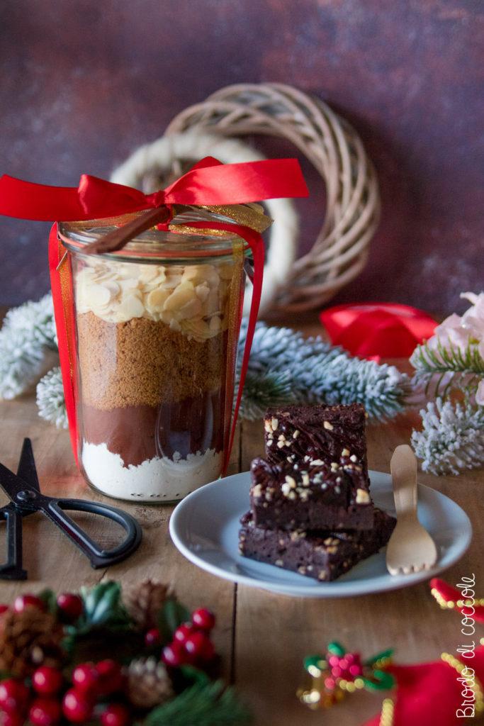 Preparato per brownie fatto in casa (idea regalo in barattolo)