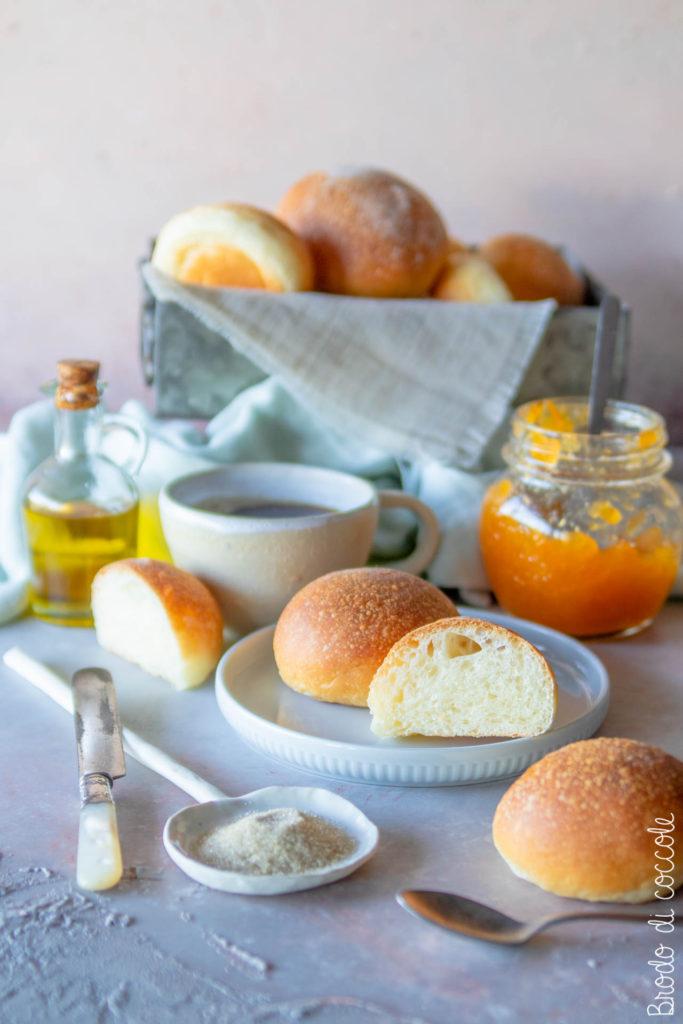 Brioche all'olio d'oliva (senza uova)