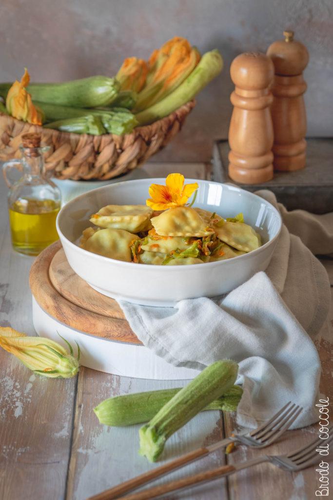 Ravioli di zucchine e gamberi