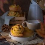 Girelle danesi con crema e uvetta